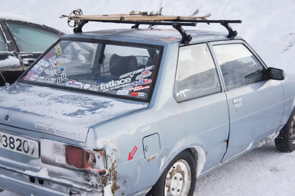 Snygg (eller inte) bil vi såg i Stöten. Har inte ett dugg med inlägget att göra.