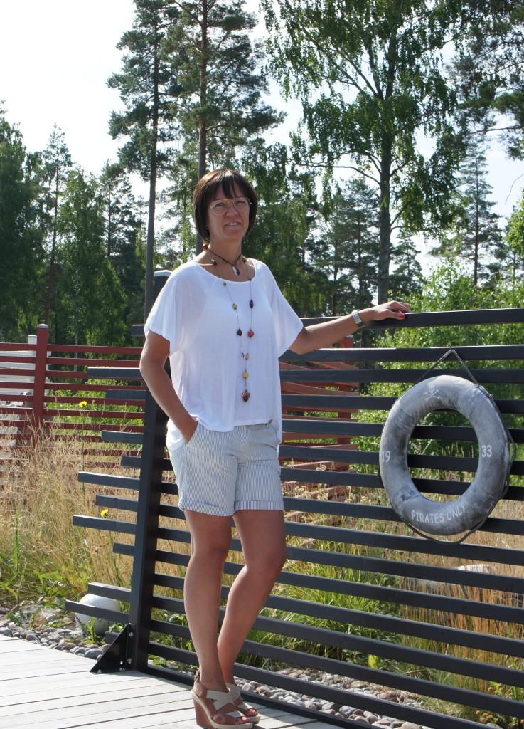 Topp Zoul, shorts Maison&Schoch, skor Polo