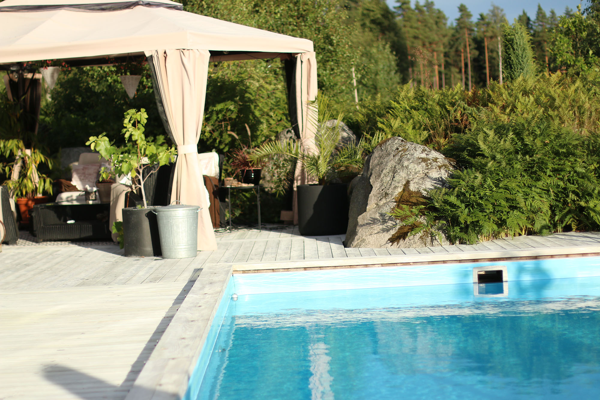 IMG_5709 pool och lounge x