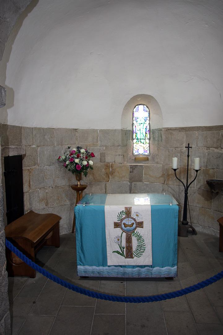 Denna bild har ett alt-attribut som är tomt. Dess filnamn är IMG_7878-edinburgh-castle-kapell-x.jpg
