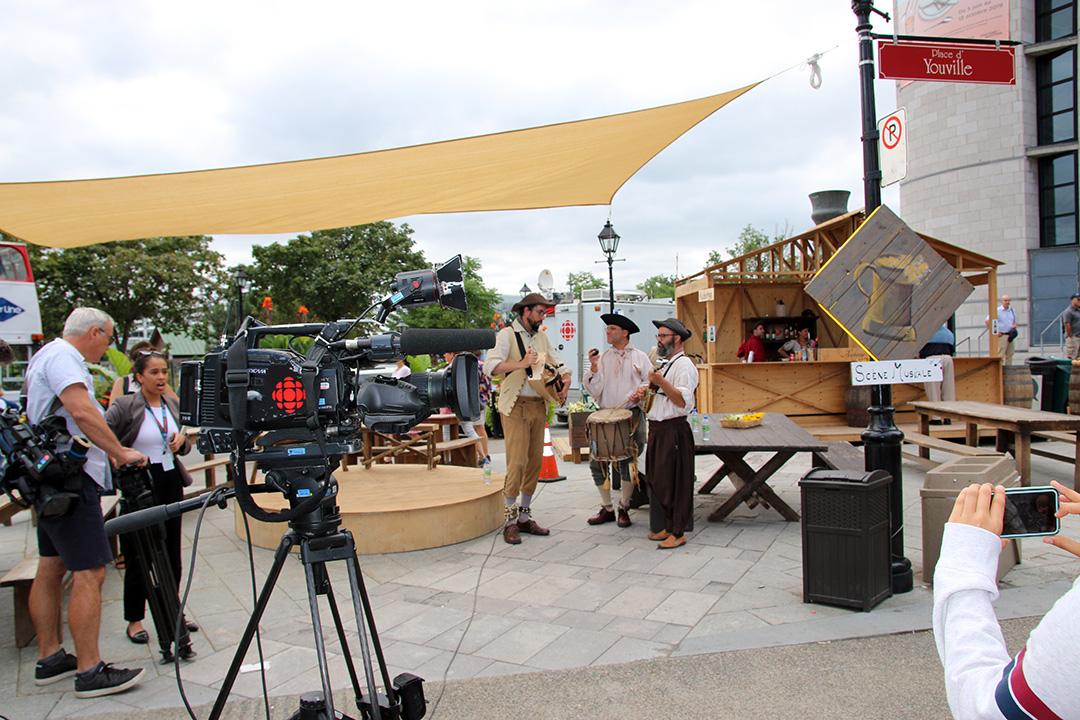 Ett tv-/filmteam var på plats i Old town