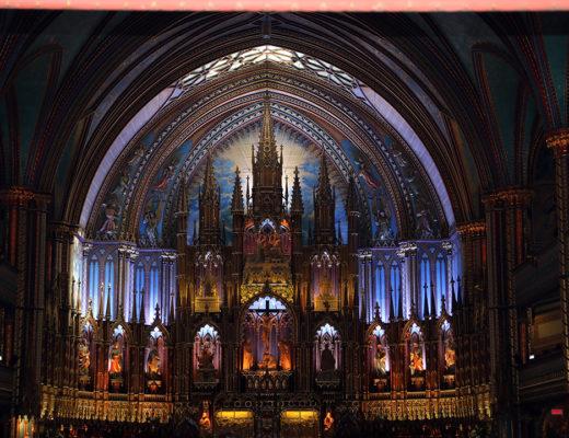 Notre-Dame i Montreal var en mäktig kyrka!