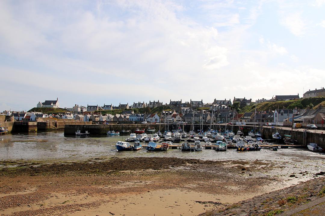 En av de fiskebyar på Skottlands norra kust som vi passerade.