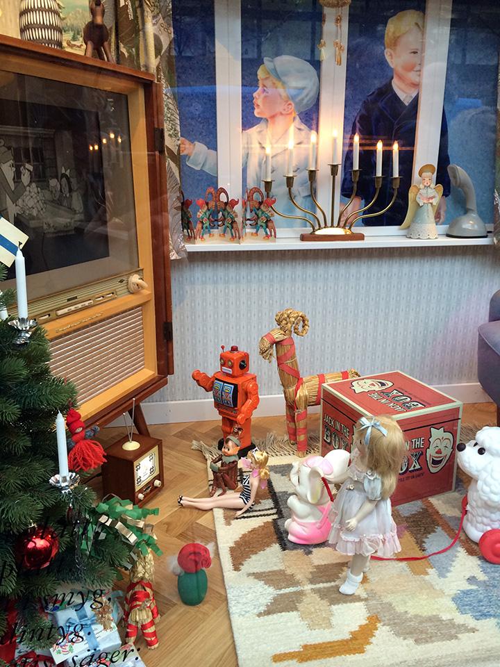 """NKs julskyltning 2015 - Stockholms historia"""" var temat i samband med 100-årsjubileet"""
