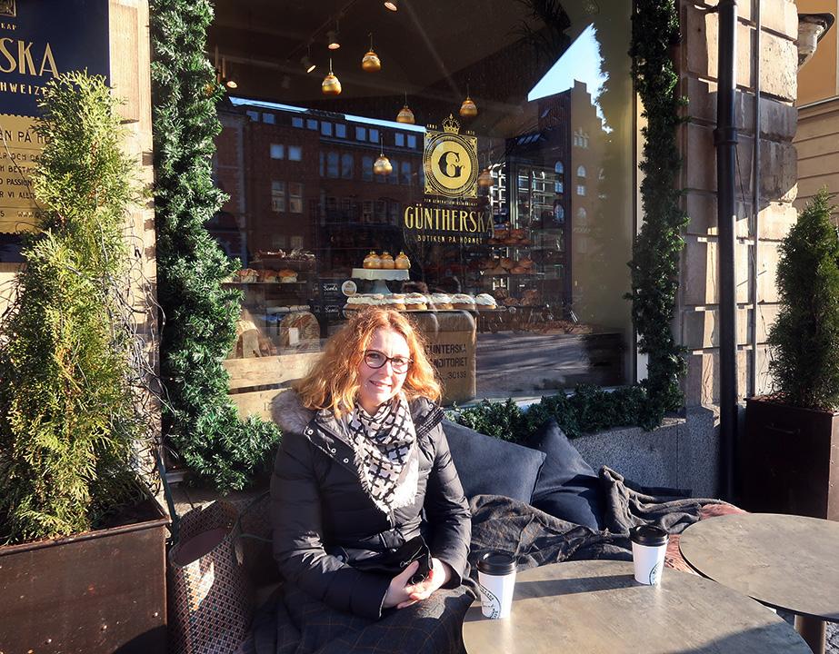 Att träffa en bloggvän för första gången blir trevligt på Güntherska hovkonditoriet
