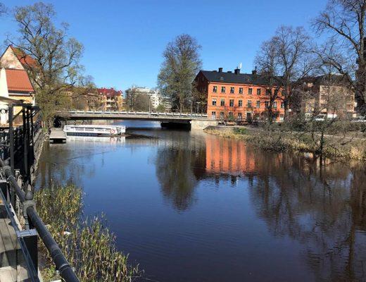 Mysig utflykt till Uppsala med fika vid ån